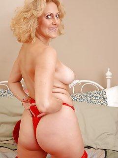 Granny Milf Pictures
